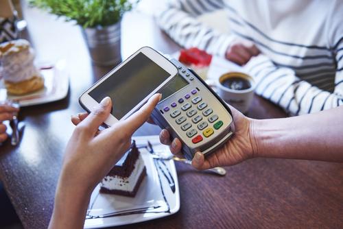 В следующем году в РФ Android-смартфоны станут полноценным инструментом оплаты