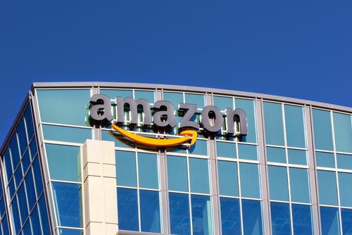 Amazon желает использовать дирижабли как воздушные склады для хранения товаров