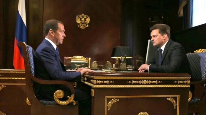 Медведев: Качество услуг «Почты России» должно стремится ксовершенству