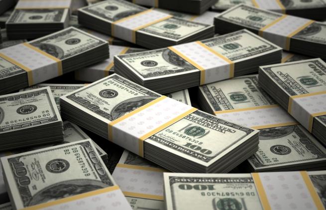 Русский руб. начал новый год сукрепления кдоллару иевро