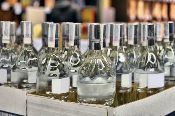 Минфин предложил уравнять в цене «слабую» и «крепкую» водку