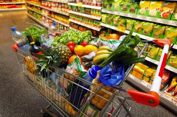 Россияне стали меньше есть мяса, рыбы и молока