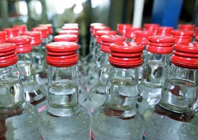 Гражданин Копейска купил контрафактного алкоголя на2,5 млн.