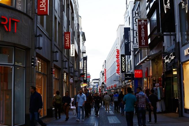 Большинство покупателей отмечают улучшенный сервис в специализированных магазинах