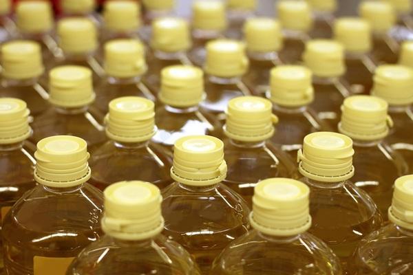 «Солнечные продукты» начала поставки подсолнечного масла в Сирию