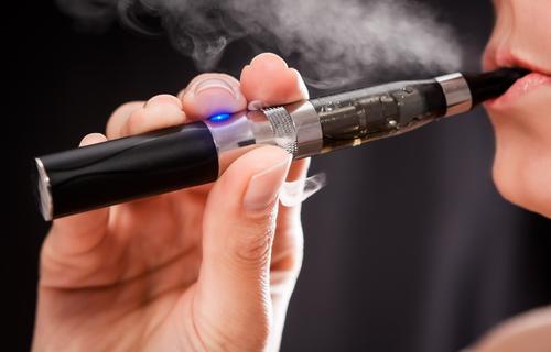 Участники рынка предупреждают о катастрофических последствиях высоких налогов на электронные сигареты