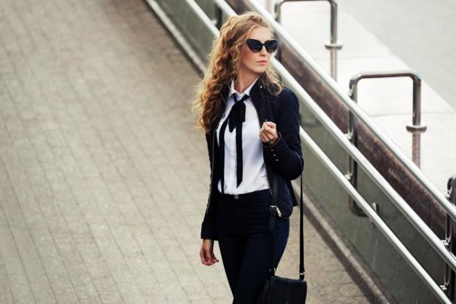 Дресс-код и не только: гид по самым стильным блузкам и рубашкам