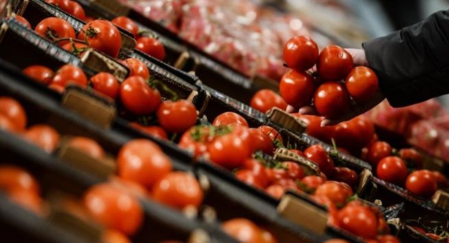 ФТС заподозрила Абхазию в незаконной поставке в РФ турецких помидоров