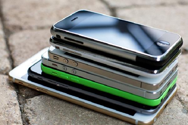 СудРФ отказал принимать иски кApple поповоду аккамуляторных батарей  iPhone