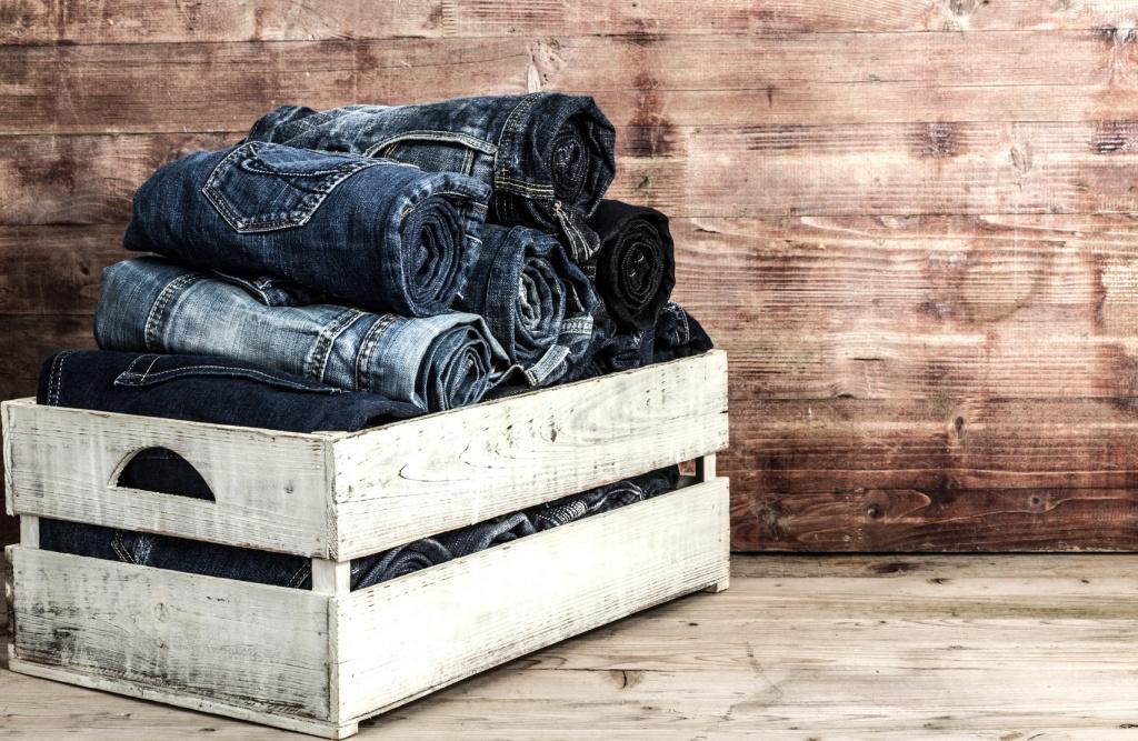 Levi Strauss снова оденет женщин в джинсы