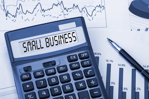 По всем нарушениям малый бизнес будут сначала предупреждать