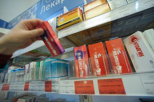 Россияне чаще всего покупают в аптеке лекарство от боли в горле