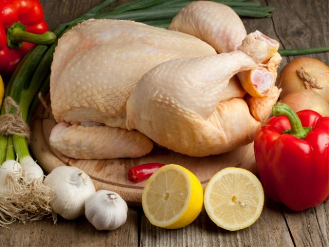 Иран готов поставлять в Россию более 10 тонн куриного мяса