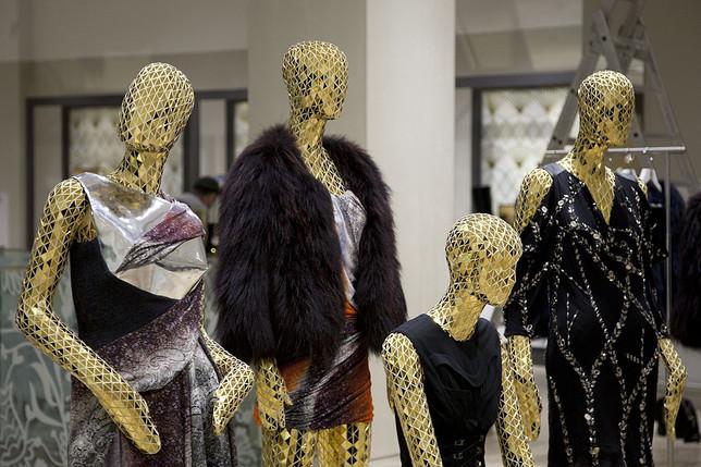Armani перестанет использовать натуральный мех в своих коллекциях