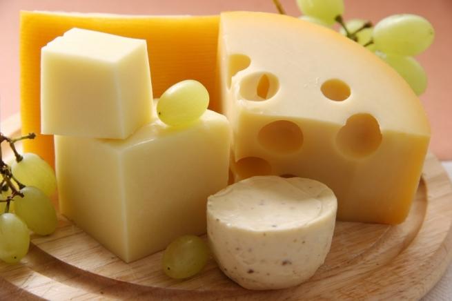 В РФ запрещен ввоз сыров еще одной украинской компании