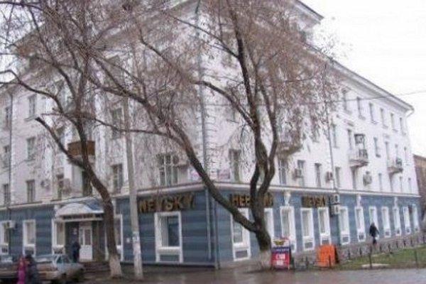 Собственник здания ТЦ «Невский» в Самаре выселяет арендаторов