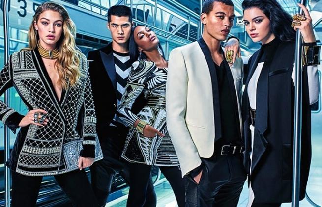 Россияне за несколько часов раскупили совместную коллекцию H&M и люксового бренда Balmain