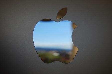 Apple блокирует аккаунты крымских разработчиков