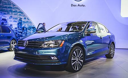 Продажи нового Volkswagen Jetta начались в России с января 2015 года