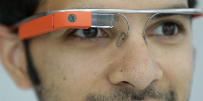 Google Glass обрели звук
