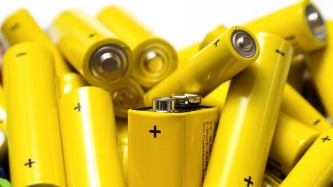 Россиянам предлагают выплачивать вознаграждение за сдачу батареек