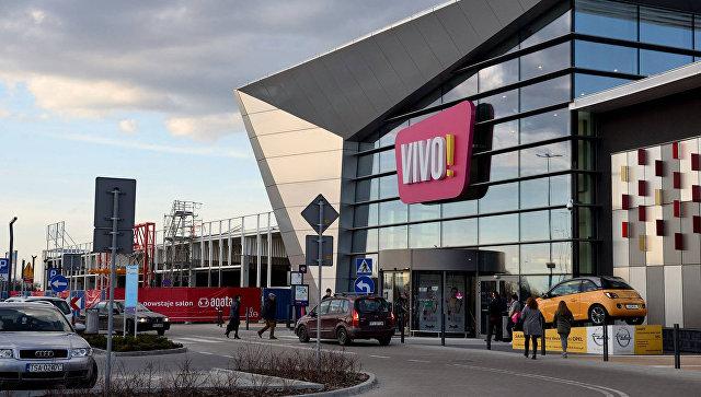 В Польше мужчина с ножом напал на посетителей торгового центра