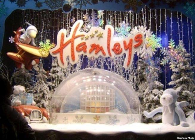 Магазин игрушек  Hamleys откроет свои двери в Петербурге