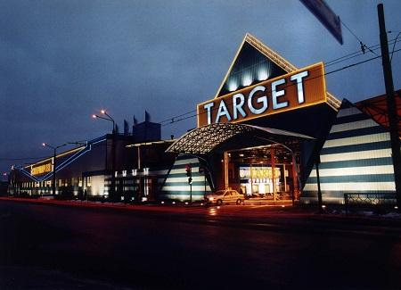 Target закроет свои магазины в Канаде из-за миллиардных потерь