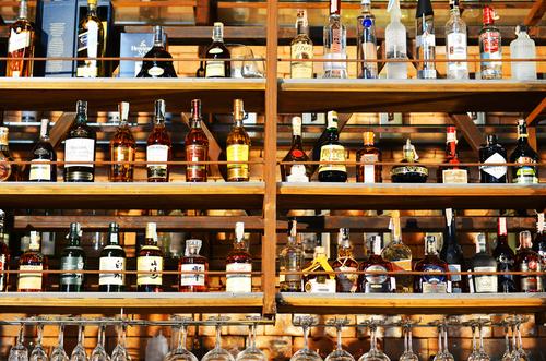 Продажи алкогольных брендов LVMH возросли на 17%