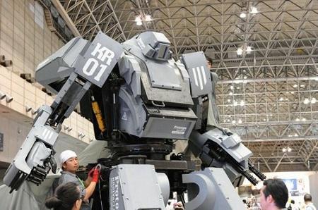 Amazon продает боевого робота за 1 млн долларов