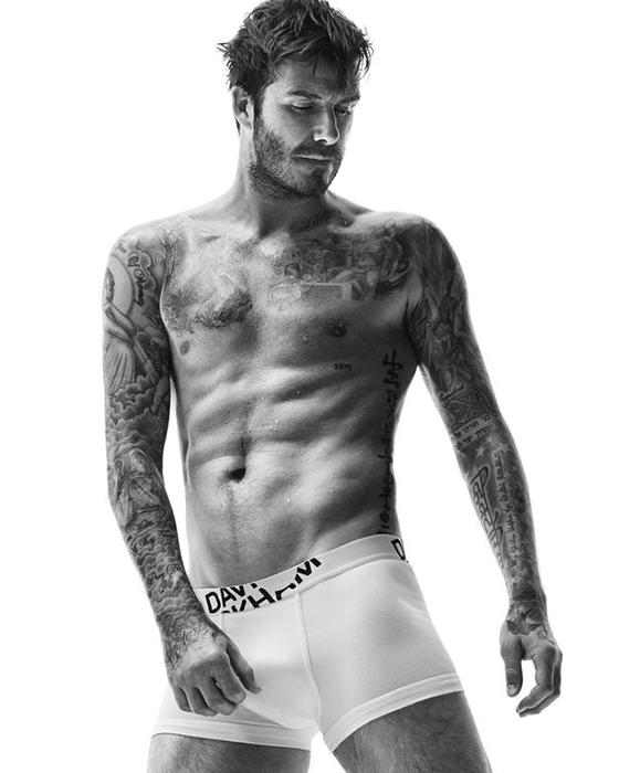 H&M запустила рекламную кампанию с обнаженным Бекхэмом