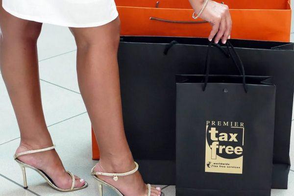Минпромторг сформировал список документов для включения ритейлеров в Tax Free