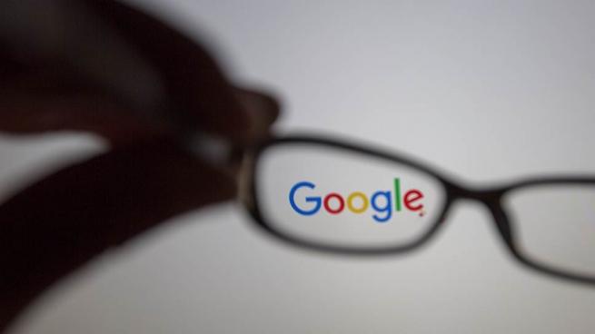 Apple и Google лишат налоговых преференций в России