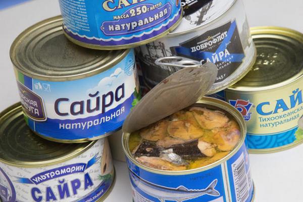 Роскачество обнаружило паразитов в консервах сайры