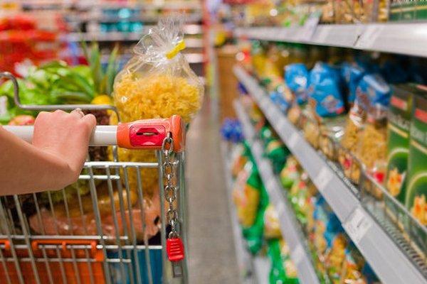 Сенатор Лисовский подготовил законопроект об ограничении работы супермаркетов