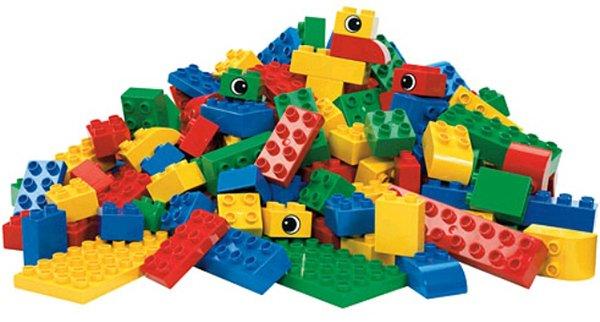 Сотрудник детского магазина в Прокопьевске воровал конструкторы Lego и играл дома