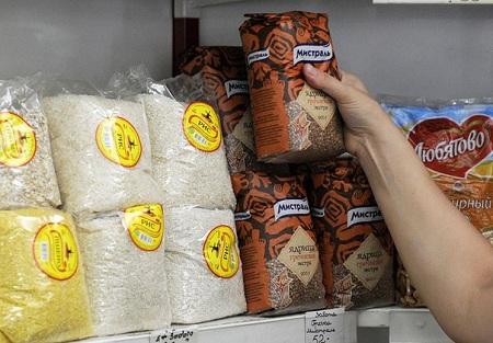 В Петербурге закупочная стоимость гречки выросла на 121%