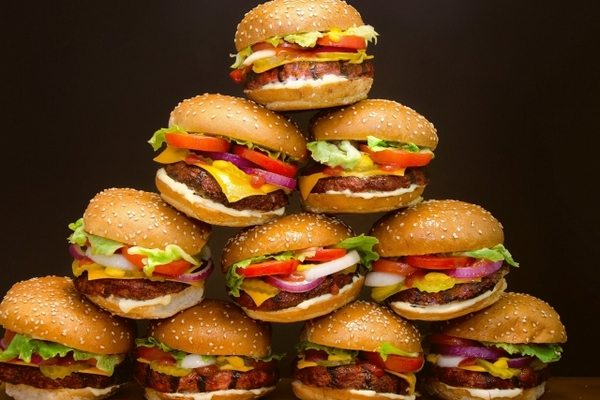 Delivery Club: В России растет индекс бургера