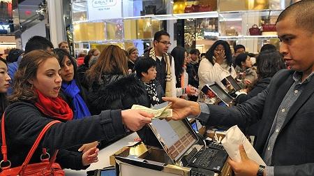 Розничные продажи в США выросли на 0,7%