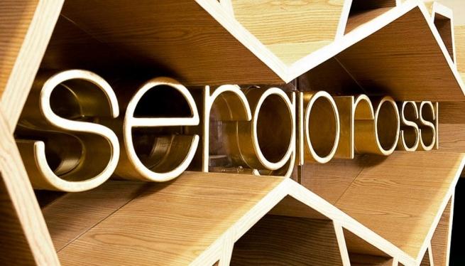 Kering продает производителя элитной обуви Sergio Rossi