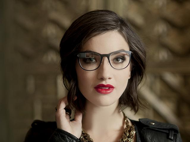 Google Glass получит дизайн от Ray-Ban
