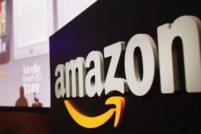 Amazon вошел в тройку самых посещаемых сайтов в США