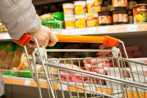 Власти РФ снова задумались о регулировании цен на товары
