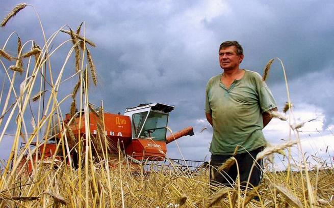 Аграрии попросили Путина защитить земли