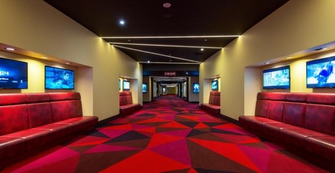 Крупнейшие киносети назвали идею переноса кинотеатров на первые этажи ТЦ неосуществимой