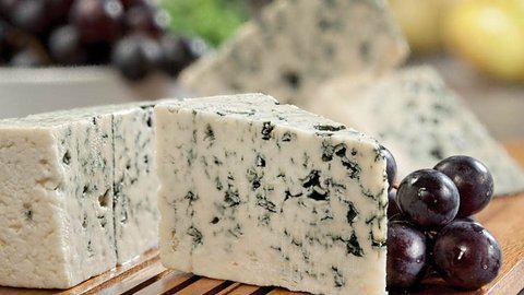 Питерский суд разрешил продажу санкционного сыра
