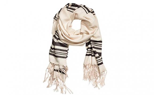 H&M извинился за шарф, похожий на талит