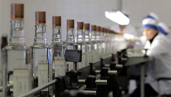 Банк Москвы продаст столичные алкогольные заводы