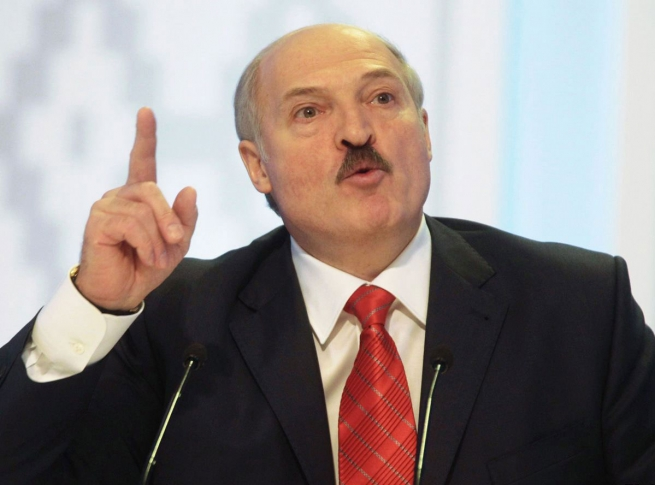 Лукашенко пообещал не пускать европейские продукты в Россию