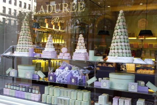 На российский рынок выходит сеть французских люксовых кондитерских Ladurée